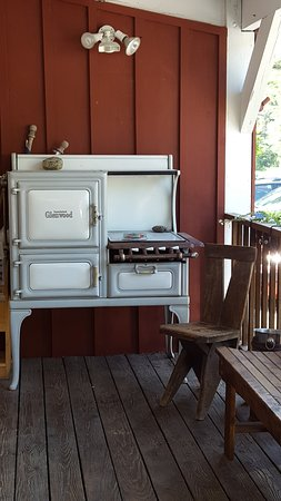Otis, MA: Old stove on front porch