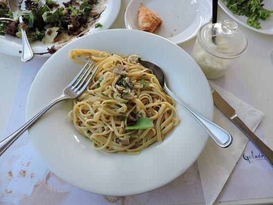 Cyclades Restaurant: καρμποναρα