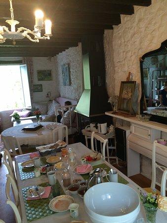 Belvianes et Cavirac, Francia: Nice interior