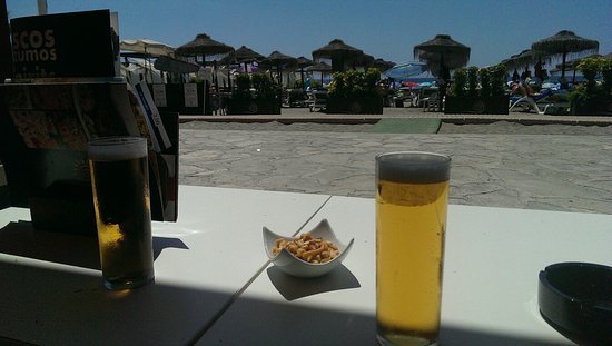 Rincon del Sol : Beers on burriana beach.