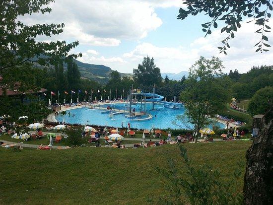Piscina conca del sole foto di piscina conca del sole for Conca verde piscine