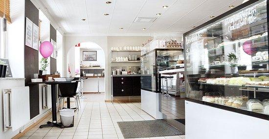 Olofstrom, İsveç: Renates