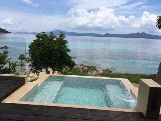 Two Seasons Coron Island Resort & Spa Photo