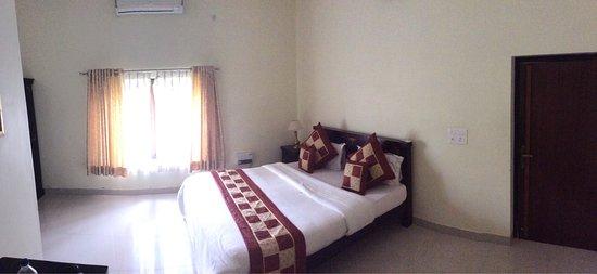 Hudeel, India: photo0.jpg