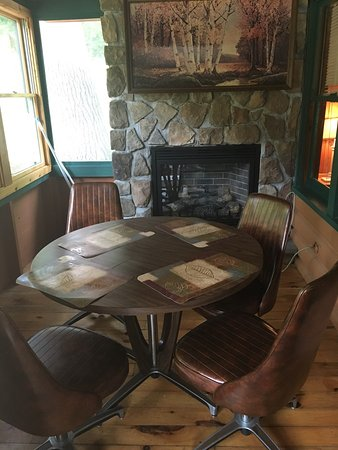 Adirondack Diamond Point Lodge: photo3.jpg