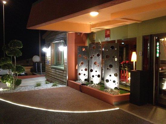 Hotel Burnichon Photo