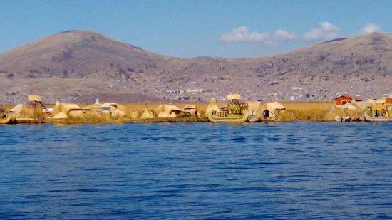 Lago Titicaca, Isla de los Uros, Puno-Peru - Picture of Lake ...