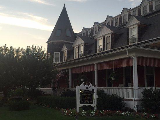 Spring Lake Inn: Circa 1888 - beautiful classic B&B