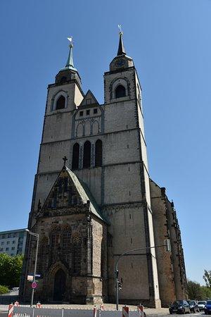 Johanniskirche Magdeburg: 教会のファサード