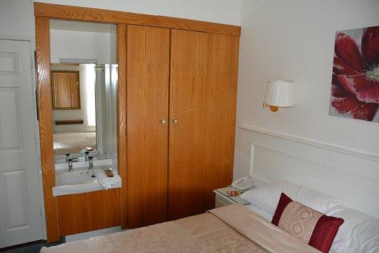 Kast Hotel Dergvale Kamer Nr 18 Picture Of Dergvale