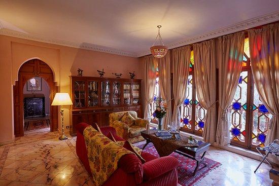 Dar Ayniwen Villa Hotel: Galaxy Suite Livingroom