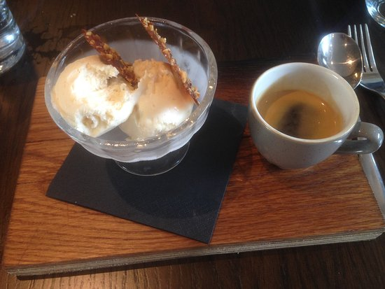 Moira, UK: This was the affogato which was exceptional!