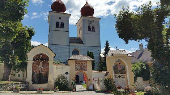 Die Stiftskirche Millstatt