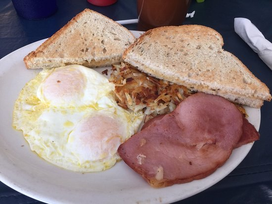 Higgins Lake, MI: A good local breakfast place.