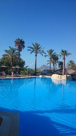 Hotel SH Villa Gadea: Piscina central