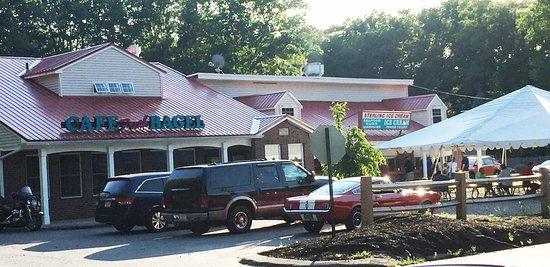 Sterling, MA: ice cream bar & donut/coffee shop