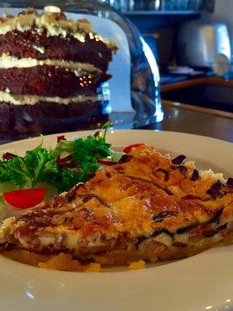 Stanford, Südafrika: Delicious Mushroom and Bacon Quiche