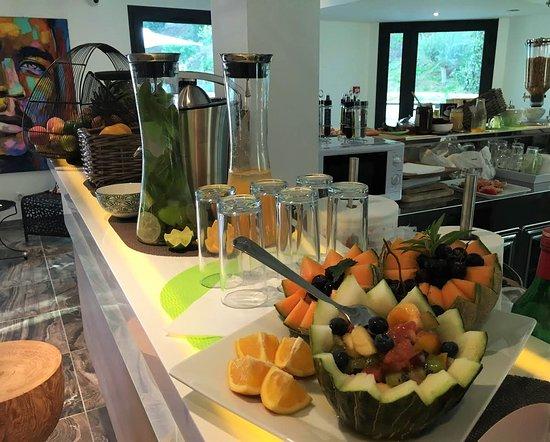La Penne-sur-Huveaune, France: Petit-déjeuner