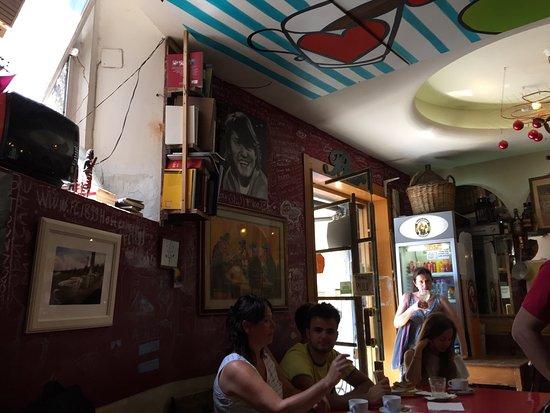 Un Caffe: photo2.jpg