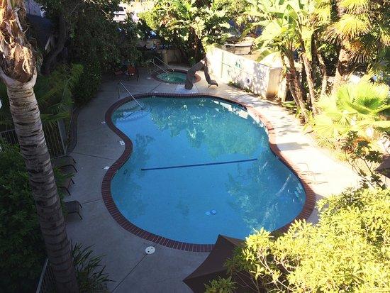 Lexington Inn: Nice looking pool
