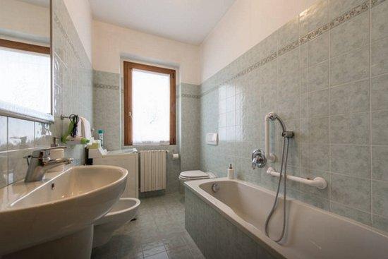 Bagni con lavatrice cerca con google idee bagno