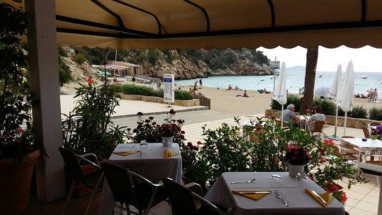 Sant Vicent de sa Cala, Spania: Restaurante Es Calo de Cala San Vicente