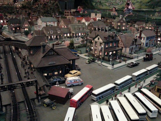 Shartlesville, Pensilvania: Train layout at Roadside America
