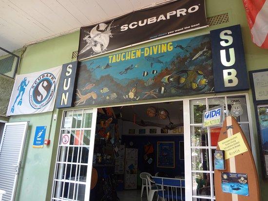 Diving Center Sun Sub: Eingang