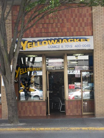 Yellowjacket Comics & Toys