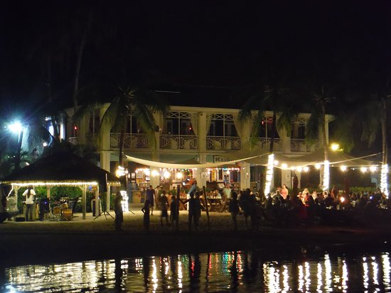 Nortsh Side, Grand Cayman : Even prettier after dark