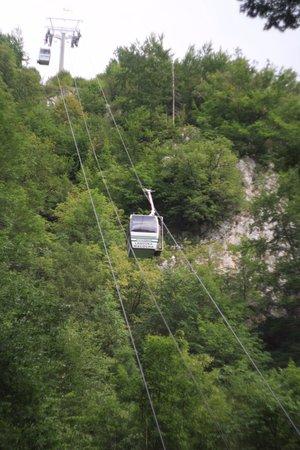 Región de Moravia del Sur, República Checa: Cableway from Punkevní Jeskyně to Macocha