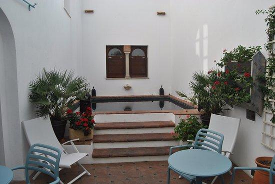 Apartamentos Turisticos Alberca: La mini-piscina