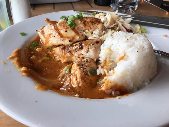 Long Beach, WA: Thai Peanut Chicken