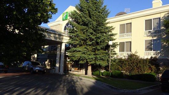 Holiday Inn Express Hotel & Suites Idaho Falls: Entrance