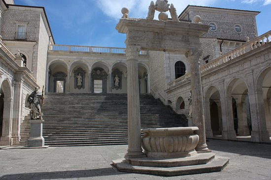 Arce, Italy: Italian art and culture