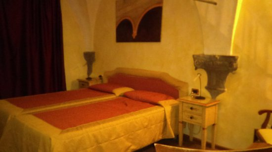 Queen Bed Downstairs Picture Of Hotel Alba Palace Florence