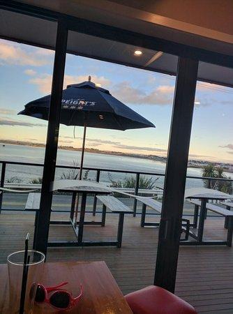 Riverton, نيوزيلندا: Aparima Restaurant & Bar