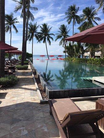 Weekender Resort & Hotel: photo1.jpg