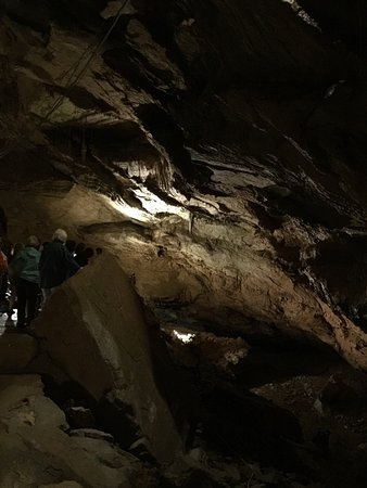 Townsend, TN: Cave setting