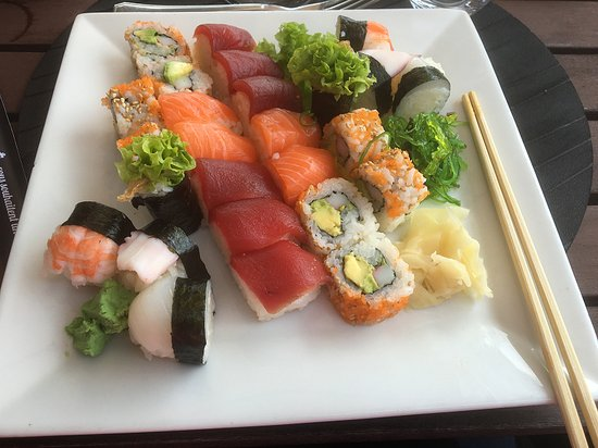 Am Clubhaus op der Spora: Sushi combo