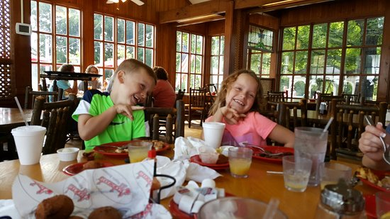 The Apple Barn Cider Mill And General Store: 20160807_111625_large.jpg