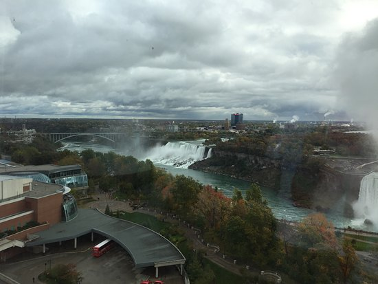 Oakes Hotel Overlooking the Falls: View of the American Falls