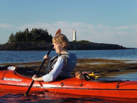 Pleasant Paddling: Near the lighthouse
