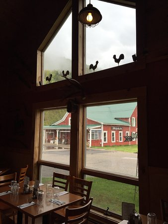 Cuttingsville, Βερμόντ: The Rustic Rooster Restaurant/Grill