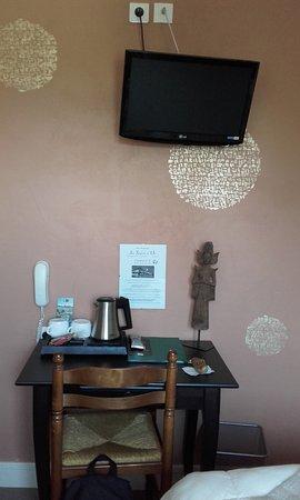 Hotel Au Soleil d'Or : Chambre standard