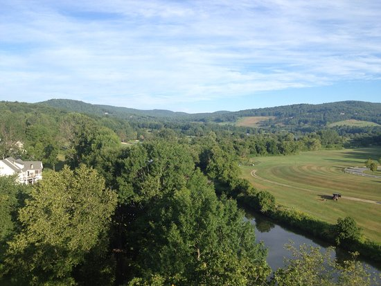 Quechee, VT: View from the balloon