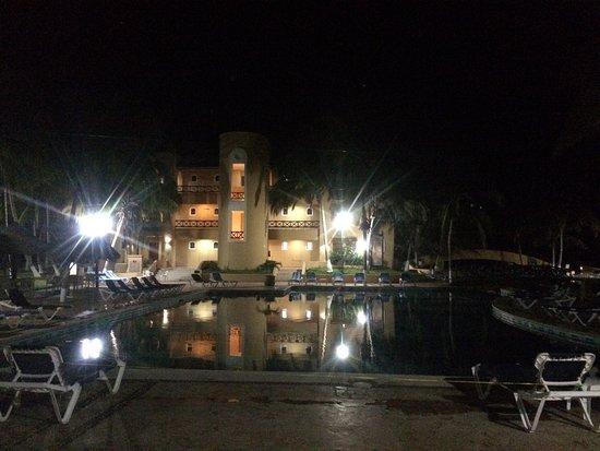 Hotel Reef Yucatan - All Inclusive & Convention Center: photo2.jpg