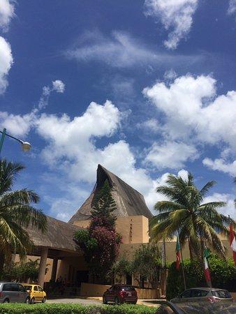 Hotel Reef Yucatan - All Inclusive & Convention Center: photo3.jpg