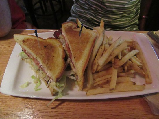 Roseburg, OR : Clubhouse Grille