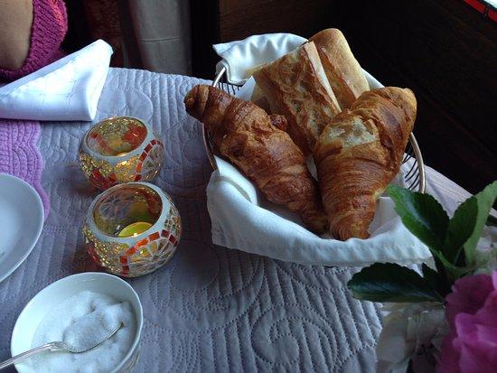 Vivy, Francia: plat individuel